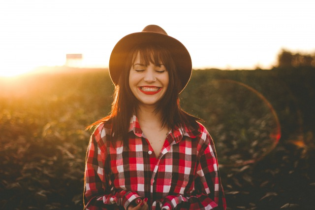 衝動買いをやめると幸福感がアップし、安心して暮らせる
