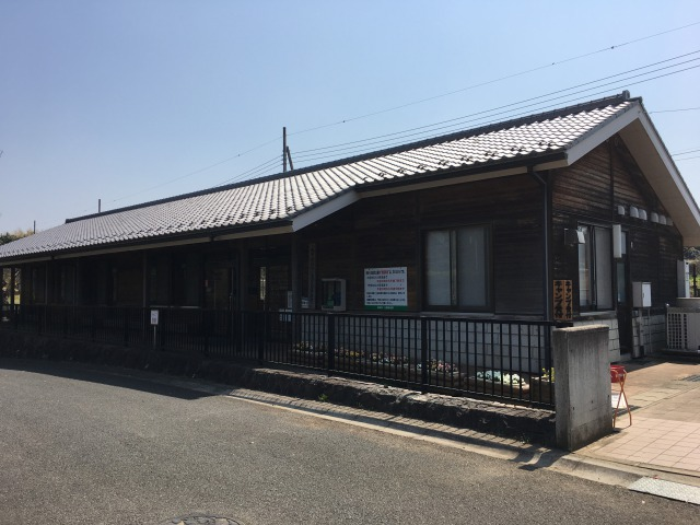 千葉県成田市坂田ヶ池公園キャンプ場の管理棟