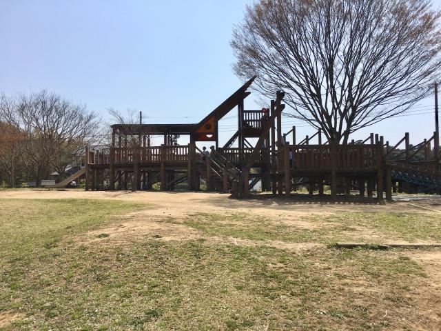 千葉県成田市坂田ヶ池総合公園、アスレチック遊具