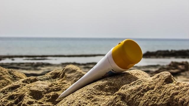 外出時の日焼け対策:日焼け止めのPAやSPFについて再確認!