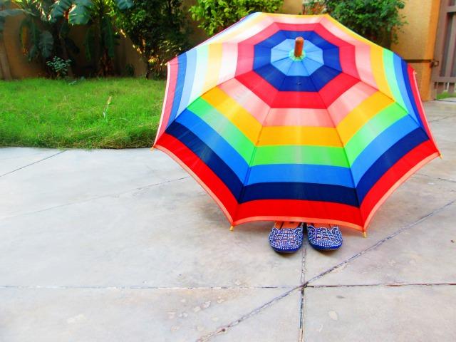 外出時の日焼け対策:押さえておきたい日傘選びのポイント